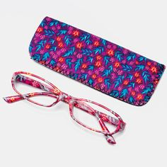 Gipsybee.com   With Bag Best Reading Glasses ... for Sale for 12.14 dollars - We accept cryptocurrencies as Bitcoin, Litecoins, Ethereum, Bitcoin Cash and More. Price Model, Buy Electronics, Bitcoin Price, Sunglasses Sale, Reading Glasses, Smartphone, Gadgets, Laptop, Bag