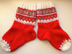 I'm a dancer, who knits. In fact, knitting is my cardio. Christmas Gift For Your Boyfriend, Cool Socks, Knitting Socks, All Things Christmas, Mittens, Knits, Cardio, Inspiration, Dancing