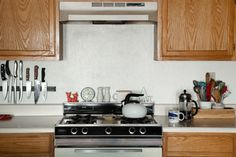 Deliciously Simple: Food Photographer Warms Up a Rental Kitchen