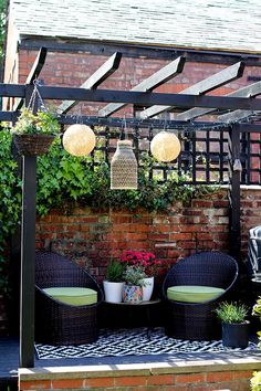 Pergola DIY Facile - Pergola Acier DIY - Easy Pergola Ideas DIY - Pergola Videos Bois Polycarbonate - Corner Pergola With Fireplace Diy Pergola, Pergola Canopy, Wooden Pergola, Outdoor Pergola, Backyard Patio, Backyard Landscaping, Outdoor Decor, Pergola Ideas, Black Pergola