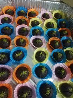 Mini Cupcakes, Desserts, Food, Tailgate Desserts, Deserts, Essen, Dessert, Yemek, Food Deserts