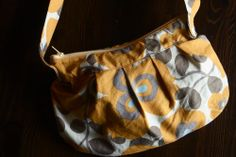 Sew a buttercup bag. #purse #diy
