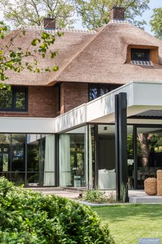 Landelijke villa Vught - Culimaat - High End Kitchens Inviting Home, Interior S, Home Fashion, Terrace, Porch, Patio, Warm, Architecture, House Styles