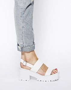 Image 4 of River Island White Fare Chunky Low Heeled Sandals