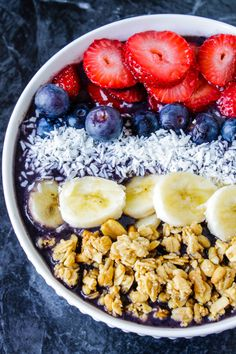 Knock-off Jamba Juice Acai Bowl recipe! Vegan refined sugar-free and absolutely delectable! If your enjoying our pins why not come and visit our site where you'll find much more smoothie info. Smoothies Vegan, Smoothie Recipes, Acai Recipes, Smoothies Sains, Nutella Recipes, Milk Recipes, Fruit Smoothies, Breakfast Bowls, Breakfast Recipes
