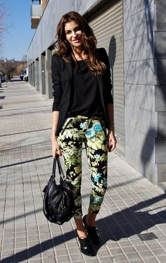 hawaiiiii #fashion #style #outfit #look , Zara in Blazers, Zara in Pants, Guess in Ankle Boots / Booties, D&G in Bags
