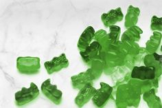 How To Make Your Own Gut-Healing Green Juice Gummy Bears