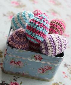 Ovos de Páscoa decorados com crochê | Eu Decoro