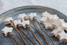 Marshmallow stars. How cute would this be at a fairy party, or something similar?