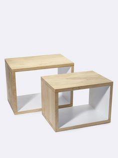 Posés au sol ou fixés au mur, ces cubes au design épuré sont des rangements déco très futés ! Détails 2 cubes de taille différente. Dim. grand cube :