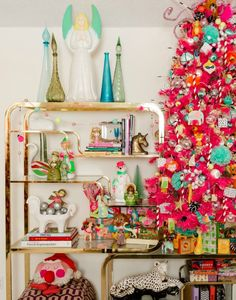 Jen Perkins' Holiday Home Tour 2016 with Treetopia