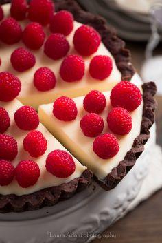 chocolate tart with white chocolate & mascarpone filling