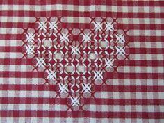 Schema cuore ricamo svizzero