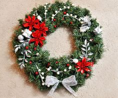 Picture of DIY Holiday Wreath Cat extra...LOL
