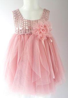 Blush rosa bebé vestido de tul con cintura imperio y