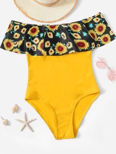Shop Random Floral Flounce Bardot One Piece Swimsuit online. SHEIN offers Random Floral Flounce Bardot One Piece Swimsuit & more to fit your fashionable needs. Cut Out Bikini, Bikini Set, Bra Types, Beachwear For Women, Swimsuits, Swimwear, Women's Bikinis, Triangle Bikini, Bardot