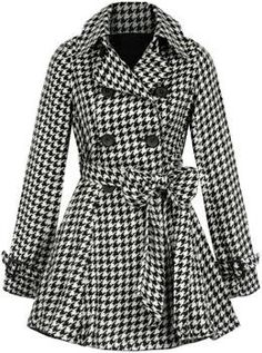 Not so crazy about the bow but love the size of the houndstooth pattern, collar, buttons, and sleeves.