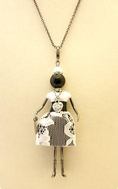 Di Moda Collana Ciondolo Bambola Gisel Made In Italy Fatta A Mano L