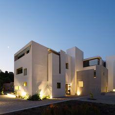Nice lighting Edificio+Fray+León+/+Jorge+Figueroa+++Asociados