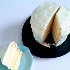 レシピとお料理がひらめくSnapDish - 140件のもぐもぐ - Yellow cake with Swiss meringue cream by 12Dragon