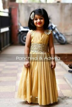 For black colour fabric Baby Girl Party Dresses, Dresses Kids Girl, Girl Outfits, Girls Frock Design, Baby Dress Design, Kids Dress Wear, Kids Gown, Baby Frocks Designs, Kids Frocks Design
