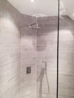 BADKAMER PEBBLES - en nisjes in de badkamer bij blogger Serena ...