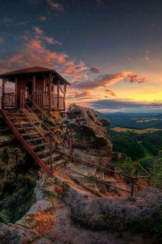 Cliff Top, Elbe Sandstone Mountains, Czech Republic. / unique pics and places