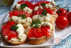 Bewitching Is Junk Food To Be Blamed Ideas. Unbelievable Is Junk Food To Be Blamed Ideas. Healthy Fruits, Healthy Recipes, Healthy Food, Pita Bread Pizza, Greek Chicken, Breaded Chicken, Cooking Together, Roasted Red Peppers, Foods To Avoid