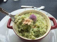Découvrez les recettes Cooking Chef et partagez vos astuces et idées avec le Club pour profiter de vos avantages. https://www.cooking-chef.fr/espace-recettes/plats-complets/hachis-parmentier-saumon-brocolis