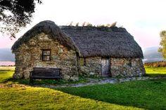 Leanach Cottage by Derek Beattie ... Scotland