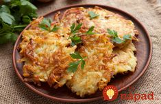 Latkes, or potato pancakes, are a traditional Hanukkah food, delicious served with sour cream or applesauce. Sweet Potato Latkes, Hanukkah Food, Happy Hanukkah, Hannukah, Matzo Meal, Irish Potatoes, Mashed Potatoes, Potato Pancakes, Cooking Recipes