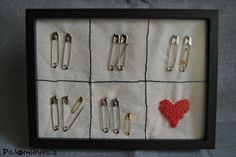 regalo recien nacido imperdibles y bordado nudo frances. Present baby safety pin and french knot. Embroidery.