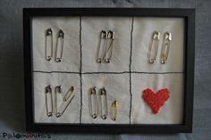 regalo recien nacido imperdibles y bordado nudo frances. Present baby safety pin and french knot. Embroidery.