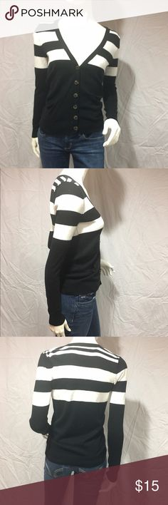 Black and white striped cardigan Cute black cardigan with white stripes on the top. Has buttons so it can be buttoned or unbuttoned. Has a v neckline and two pockets on the sides. Minimal pilling but other than that in great condition. Feel free to make me a reasonable offer  Forever 21 Sweaters Cardigans