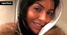 Жена Аршавина устроила скандал в самолете. Она называла себя майором ФСБ - О духе времени - Блоги - Sports.ru