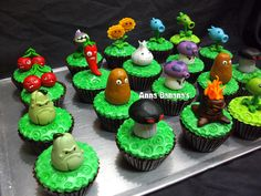 Plants vs. Zombies cupcake toppers