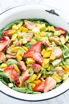 Strawberry Mango Spinach Salad | GI 365