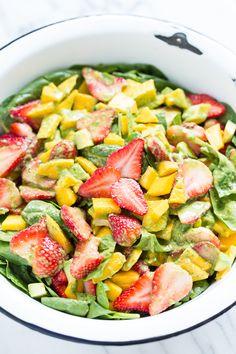 Strawberry Mango Spinach Salad with Creamy Basil Dressing | GI 365