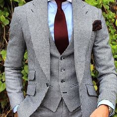 mensfashionreview via menstylica: Follow @bxp.men for your daily updates on Mens Style & Fashion @bxp.men @tomaslasoargos