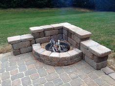 15 backyard fire pit ideas to help you start a campfire as quickly as possible . - 15 Backyard Fire Pit Ideas That You Want to Start a Campfire With ASAP # - Fire Pit Table, Diy Fire Pit, Fire Pit Backyard, Fire Pit In Deck, Patio Fire Pits, Back Yard Fire Pit, Outdoor Fire Pits, Rustic Fire Pits, Outdoor Stone