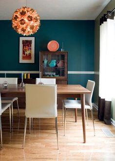 Add Midcentury Modern Style to Your Home, HGTV, modern home interior design. Mid Century Modern Dining Room, Mid Century Modern Decor, Mid Century Modern Furniture, Dining Room Colors, Dining Room Design, Bedroom Colors, Kitchen Designs, Midcentury Modern, Danish Modern