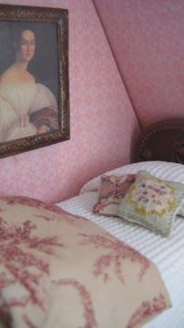 how to: bed  Chenille look spread and bird gravel filled pillow. So clever