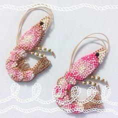 Новые цвета креветочек!!! В наличии ярко-розовая! 🦐🦐🦐 New colors of my handcrafted nautical brooches. Bright pink Shrimp is available! #oceanjewelry #seacreature #брошькреветка #брошьручнойработы #морскаятема #авторскаяброшь #zefirinastudio #студиязефириной #broochbeads #beadedbrooch #nauticaljewelry #shrimpjewelry #beachjewelry #beachwedding #weddinggift #weddingjewellery #oceanjewelry #authorjewelry #uniquebrooch #uniquejewelry #beadembroidered #beadedaccessories #embroideryart…