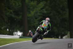 BSB Qualifying: Haslam takes pole as his lap record is smashed. Motorcycle News, Super Bikes, Make It Through, Going Out, Kicks, Action, Racing, Park, Running