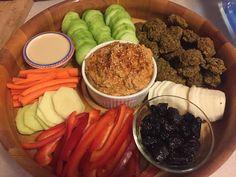 Raw Vegan Falafel and Hummus Platter Hummus Platter, Falafel, Raw Vegan, Acai Bowl, Vegan Recipes, Breakfast, Ethnic Recipes, Food, Acai Berry Bowl