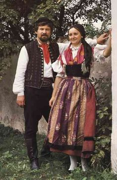 Doudlebský kroj! South Bohemia. We Are The World, People Of The World, Folk Clothing, Fair Isle Pattern, Folk Costume, Czech Republic, Traditional Dresses, World Of Fashion, Cool Outfits