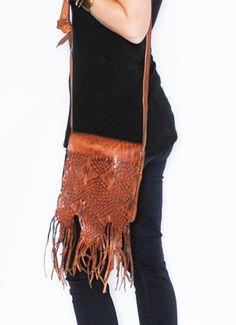 beautiful braided purse Saddle Shop, Braids, Purses, Cover, Beautiful, Shopping, Fashion, Bang Braids, Handbags