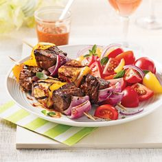Brochettes de boeuf et fromage à griller - 5 ingredients 15 minutes Salade Healthy, Tofu, Sandwiches, Bbq, Nutrition, Cheese, Meat, Recipes, Mini Pains