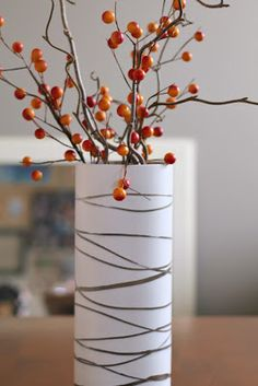 Rubber band spray painted vase -- maybe in two layers of colors