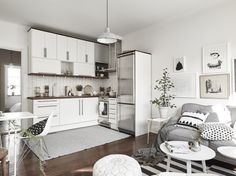 Ikea small space living small spaces living room apartment living room ideas small apartment ideas on . Small Apartment Kitchen, Living Room Kitchen, Apartment Living, Small Kitchens, Kitchen Small, Dining Room, Country Kitchen, Kitchen Decor, Apartment Layout
